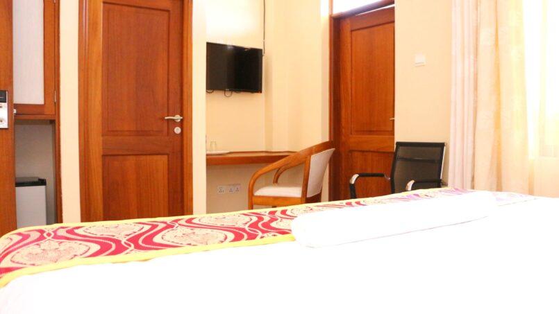 Prinias Hotel room view