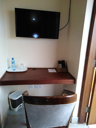 Prinias Hotel Kisumu standard room tv