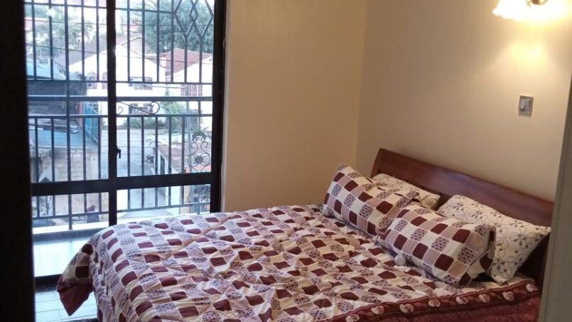 Mini Palace Master bedroom